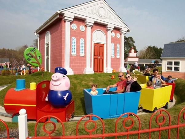 Grandpa Pig's Little Train Ride